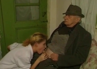 Elderly guy gets a blowjob from his daughter